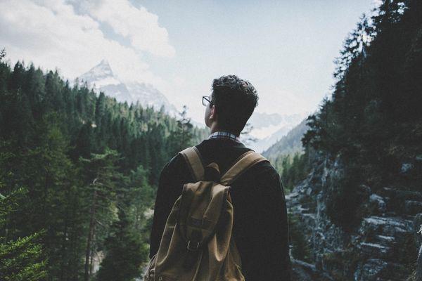 adult-adventure-backpack-442559.jpg