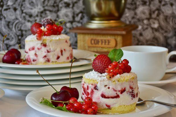 品嚐最浪漫的法式情人節─甜點界公認的愛情蛋糕是公主唱出來的!