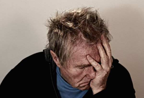 小心!這5個因素可能是「引發頭痛的地雷區」